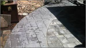 Installing A Patio With Pavers by Installing Patio Pavers Youtube Patios Home Decorating Ideas