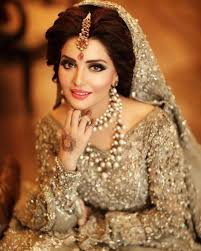 Would You Pay Rs180 000 For Your Bridal Makeover Style Images Sabs Salon Bridal Makeup Makeup Daily