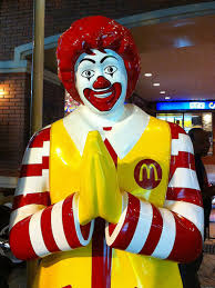 mcdonalds thanksgiving mcdonald u0027s pushes stores to stay open on christmas huffpost