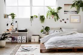 chambre palette 26 idées pour fabriquer un lit en palette dans votre chambre