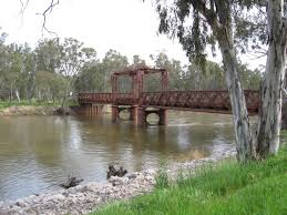 Murray River road and railway bridge, Tocumwal
