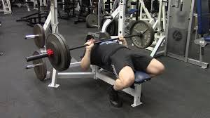 A Good Bench Press Weight The Bench Press Isn U0027t A Good Chest Exercise Youtube