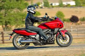 2014 honda ctx700 dct abs md ride review motorcycledaily com