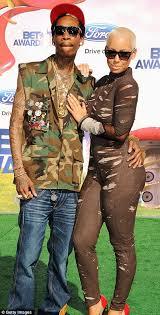 amber rose gets boyfriend wiz khalifa u0027s name tattooed on her