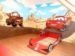 deco chambre enfant voiture lit lit cabane garçon élégant idee deco chambre bebe voiture garon