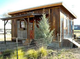 Building Small House Tiny Houses Austin Texas Homeless For Rental Or Sale That Became