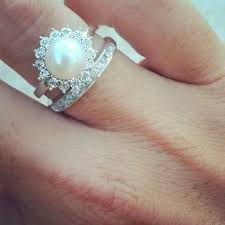 Alternative Wedding Rings by 25 Unique Engagement Rings For The Alternative Bride Stay At