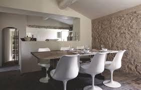 decoration provencale pour cuisine maison provencale moderne rénovée mur de côté maison et la