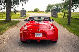 review 2018 nissan 370z roadster touring sport canadian auto review