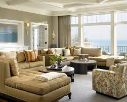 Light And Airy But Using The Warm Tones Of Gold And Rust - Beautiful family rooms