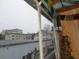 balkon regenschutz haushaltstipps wind und regenschutz für den balkon selber bauen