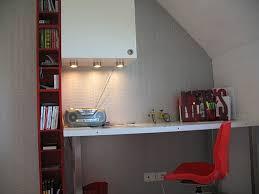bureau dans une chambre bureau chambre enfant photo 3 3 vue sur le bureau