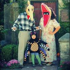 ideas for costumes these 53 family costumes are coordinated huffpost