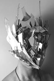 Shattered Glass Table by Best 25 Broken Glass Ideas On Pinterest Broken Mirror