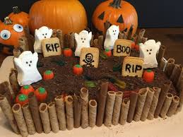 happy halloween graveyard cake holiday food pinterest
