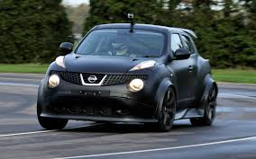 green nissan juke confirmed wild nissan juke r entering limited production