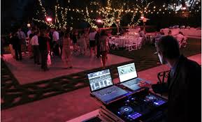 wedding dj things to tell your wedding dj to make their easy