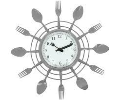 horloge cuisine horloge cuisine design avec grande horloge pendule design couverts