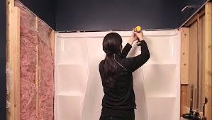 One Piece Bathtub Wall Surround Oval White Fiberglass Combo Bathtub With Black Polished Metal
