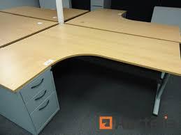 bureau en coin bureau d angle coin avec meuble à tiroir