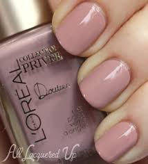 muted marble nail art with l u0027oreal paris collection privée all