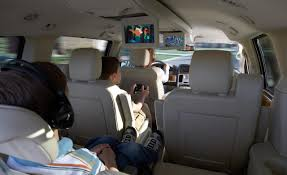 chrysler minivans lower price more stuff autoobserver mini