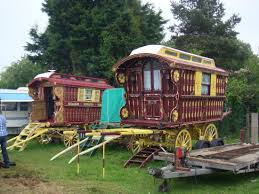 reading caravan waggon traditional living wagon decorated ornate