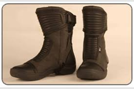 summer motorcycle boots mcn s top 5 summer boots mcn