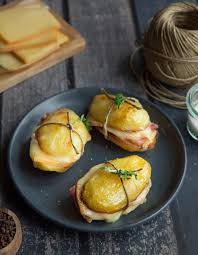 cuisine raclette recette originale sandwich de pommes de terre et raclette pour 6 personnes recettes