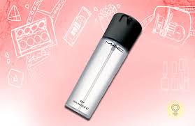 10 makeup setting sprays 3 mac fix spray