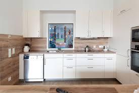 kche wei mit holzarbeitsplatte beige hochglanz küche und holz arbeitsplatte usauo