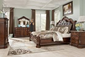 North Shore Sleigh Bedroom Set By Ashley Furniture - Ashley north shore bedroom set used