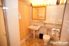 Bathtub Los Angeles Bathroom At The Executive Floor Standard Corner Room At The
