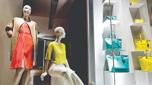 Colleges To Become A Fashion Designer Fashion Marketing Diploma The Art Institute Of Vancouver