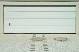 porte per box auto porte sezionali per garage e box auto prezzi e consigli