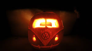 how to carve a simple vw camper van pumpkin halloween time lapse