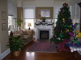 tacky home decor decorating with mardi gras beads skirting the issue