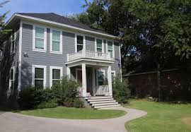 fixer upper u0027 houses becoming popular vacation rentals around waco