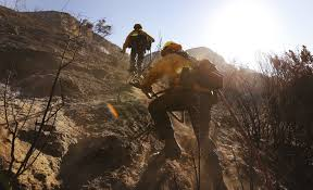 Ca Wildfire Containment by Here U0027s The Latest On Southern California U0027s Four Largest Wildfires