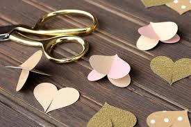 wedding backdrop tutorial diy paper heart garland wedding photo booth backdrop