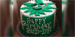 10 cannabis themed cakes perfect celebrating herb u0027s 10th birthday
