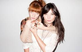 florence welch and daisy lowe get cozy at terry richardson u0027s