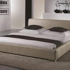 Schlafzimmer In Beige Braun Gemütliche Innenarchitektur Schlafzimmer Betten Leder Funvit
