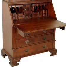bureau style victorien bureau bibliothèque victorien en acajou buckden meuble de style