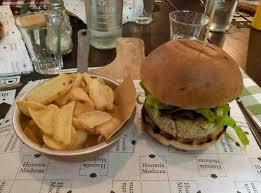 cuisine moderna burger farro e porri picture of hosteria moderna treviso treviso
