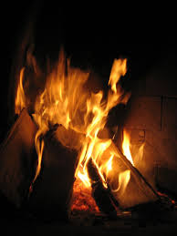 file fire burning in a fireplace jpg wikimedia commons