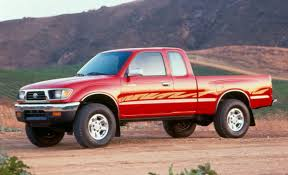toyota commercial vehicles usa old vs new 1995 toyota tacoma vs 2016 toyota tacoma the fast