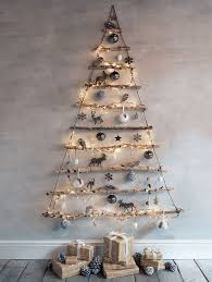 what are some creative ways to build a christmas tree in an