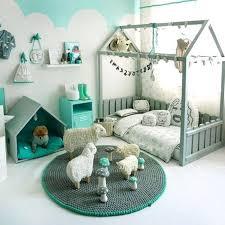 repeindre une chambre couleur de peinture pour chambre enfant chambre enfant repeindre