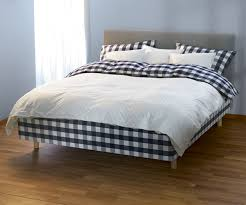 How To Make A Comfortable Bed Comfortable Bed Choosing Mattress And Sheets For A Comfortable Bed